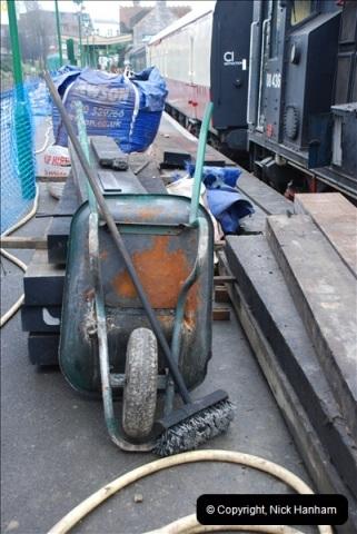 2012-02-07 SR Engineering Work on the 08 (100)0587