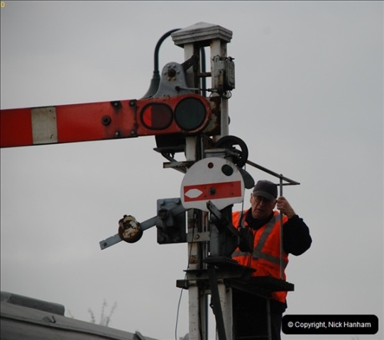 2012-02-07 SR Engineering Work on the 08 (124)0611