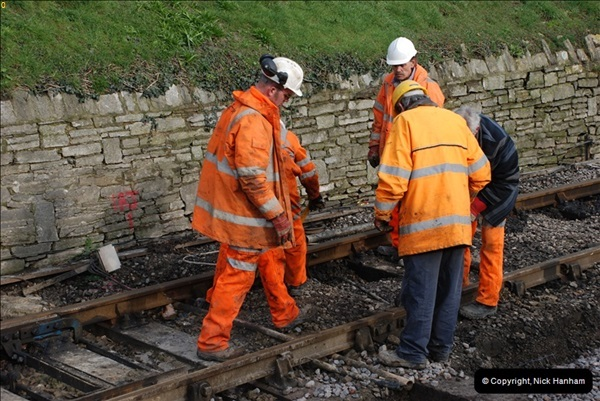 2012-02-07 SR Engineering Work on the 08 (150)0637