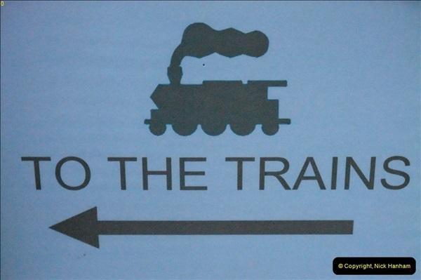 2012-08-01 Late Turn DMU 3.  (19)562