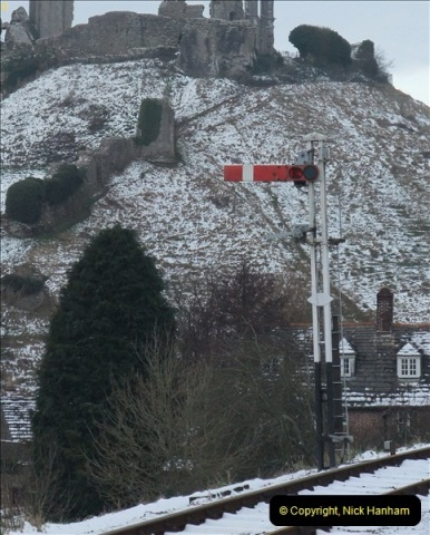 2013-01-21 Corfe Castle, Dorset.  (10)287