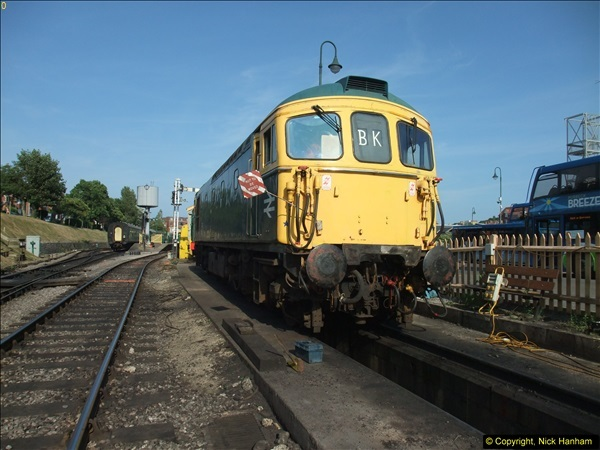 2013-07-14 Late Turn DMU (4)385
