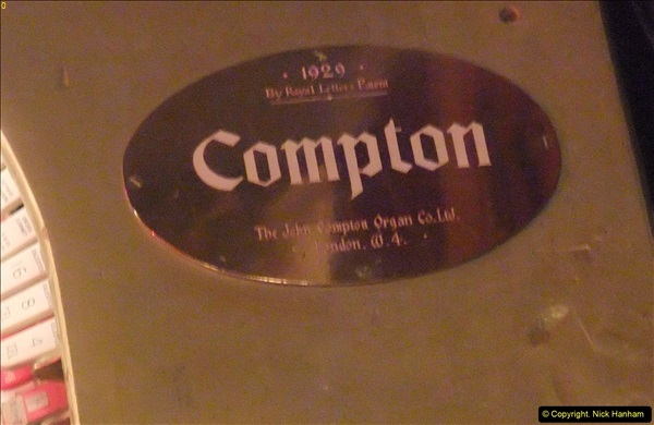 2016-04-07 The Compton Organ at the Pavilion Theatre, Bournemouth (14)24
