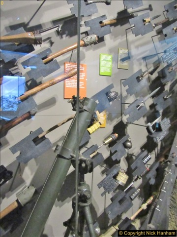 2017-09-17 & 18 London and the IWM.  (215)215