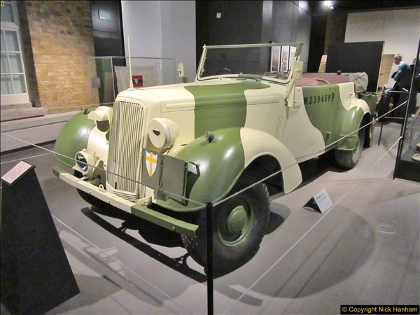 2017-09-17 & 18 London and the IWM.  (230)230