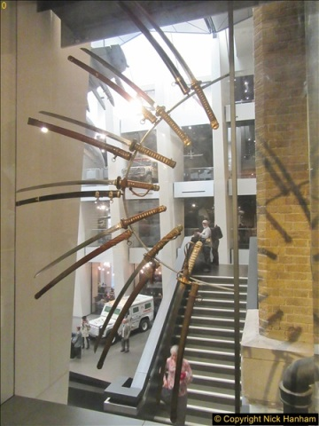 2017-09-17 & 18 London and the IWM.  (242)242