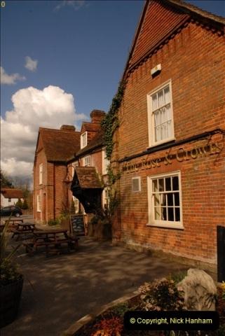2013-04-26 The Rose & Crown, Brockenhurst, Hampshire.  (1)053