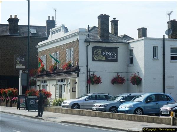 2014-08-01 Teddington, Middlesex.  (2)092