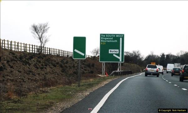 2016-04-02 Motorway and Dual Carriageway signs.  (17)100