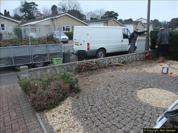 2015-03-09 Front and back garden alterations start.  (7)087