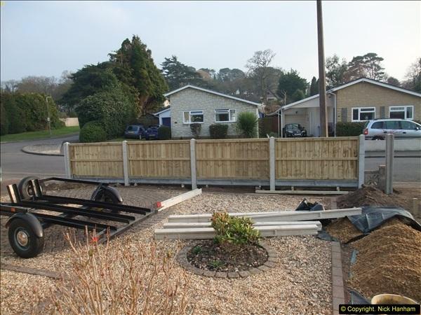 2015-03-17 Front garden fence progress (6)161