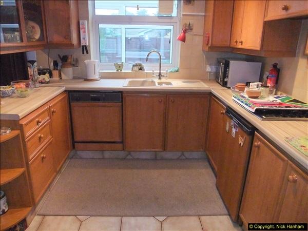 2015-03-28 Front & Back Garden plus Kitchen Refurbishment final pictures.  (4)254