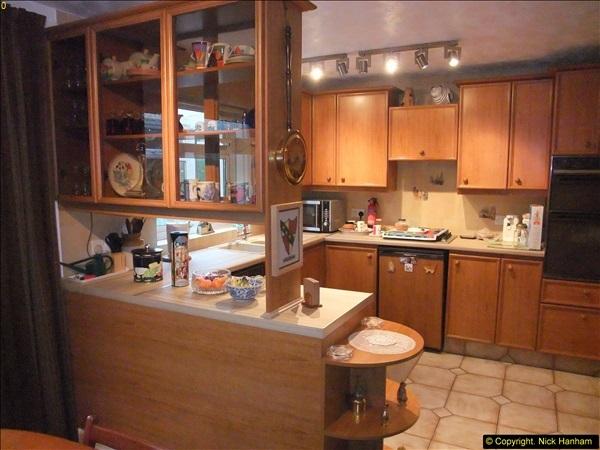 2015-03-28 Front & Back Garden plus Kitchen Refurbishment final pictures.  (8)258