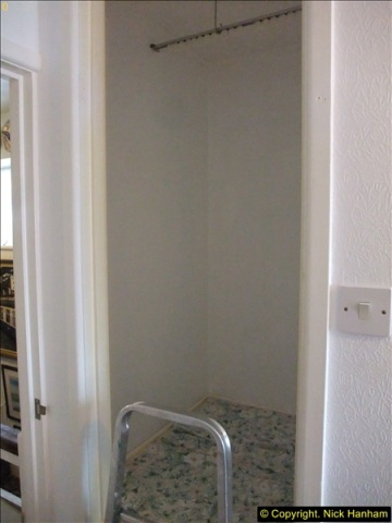 2015-08-30 to 31 Cupboard in small study.   (1)600