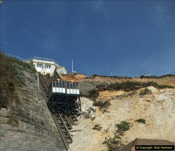 2016-05-05 Recent cliff fall in Bournemouth causing damage to the Victorian Cliff Lift. (4)089
