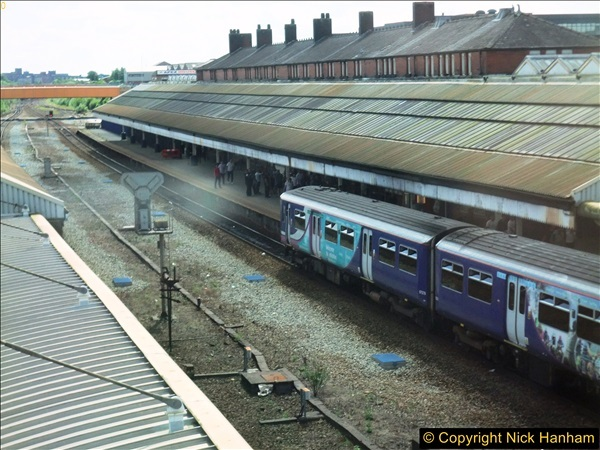 2016-08-06 Bolton Station, Bolton, Lancashire.  (2)0223