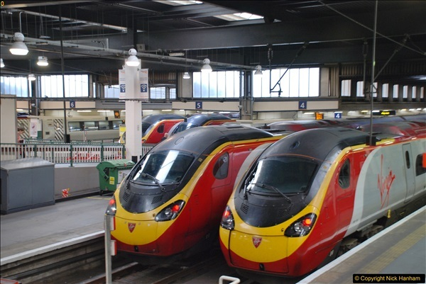 2017-09-18 London Stations 2.  (2)209