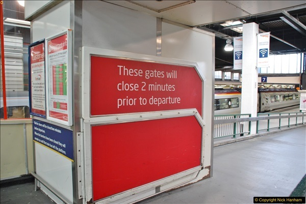 2017-09-18 London Stations 2.  (54)261