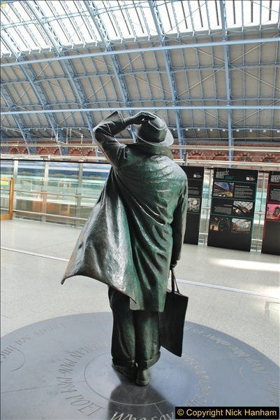 2017-09-18 London Stations 2.  (59)266