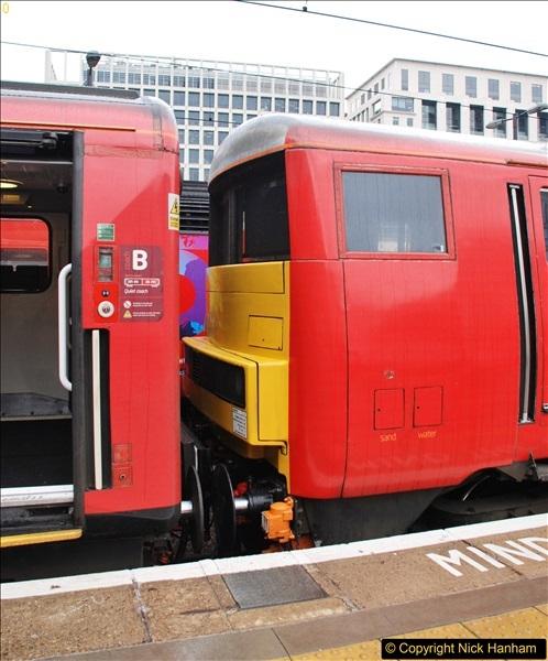 2017-09-18 London Stations 2.  (117)324