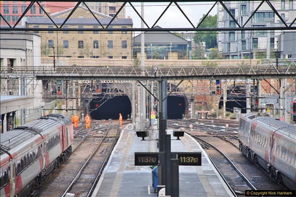 2017-09-18 London Stations 2.  (153)360