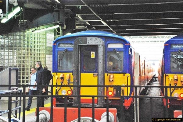 2017-09-18 London Stations 2.  (172)379