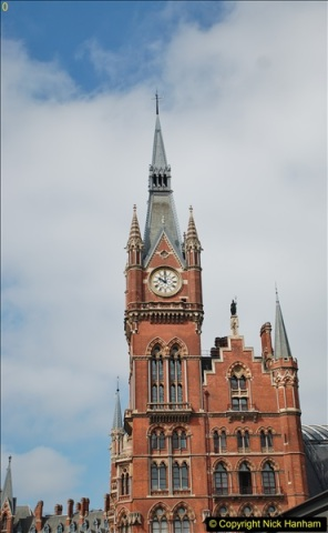2018-06-09 St. Pancras, London.  (3)125