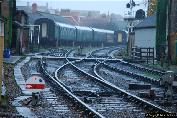 2015-11-04 SR Steam Photo. Charter with 30053 & Harmans Cross Station.  (5)273