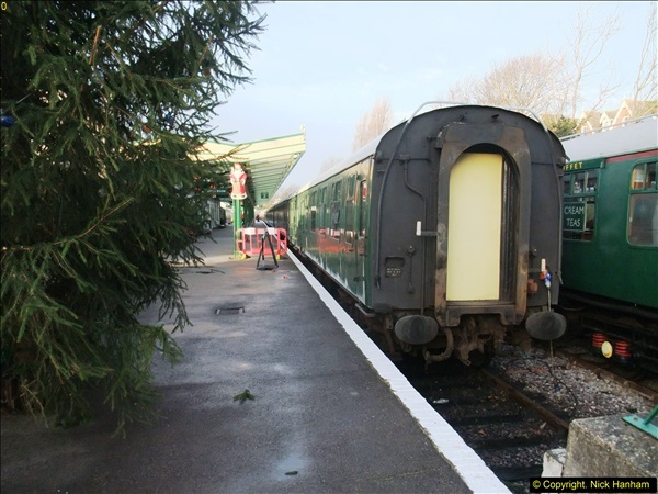 2015-12-06 Driving the DMU on Santa Special.  (23)023