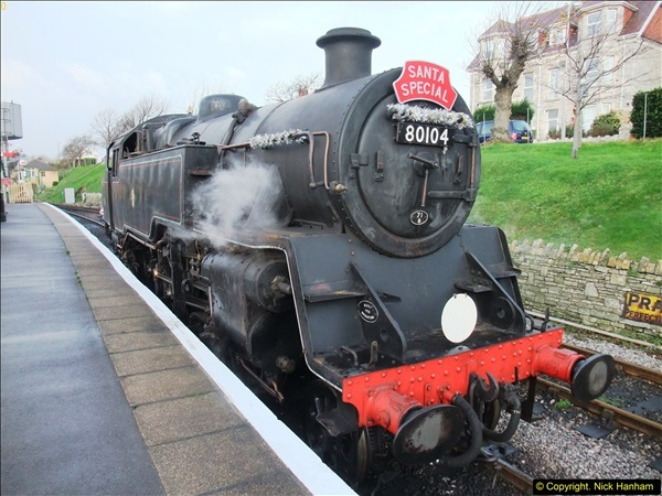 2015-12-06 Driving the DMU on Santa Special.  (29)029