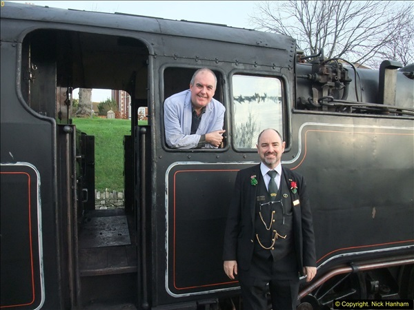 2015-12-06 Driving the DMU on Santa Special.  (32)032