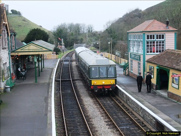 2015-12-06 Driving the DMU on Santa Special.  (82)082