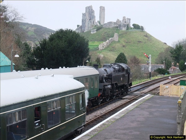 2015-12-06 Driving the DMU on Santa Special.  (89)089