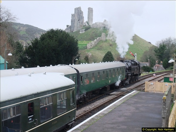 2015-12-06 Driving the DMU on Santa Special.  (90)090