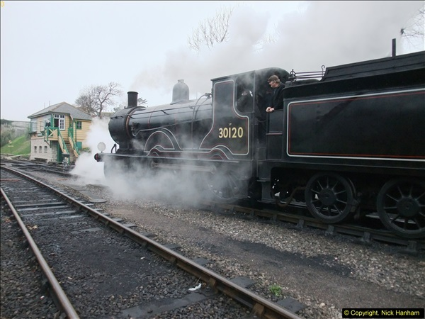 2015-12-06 Driving the DMU on Santa Special.  (95)095