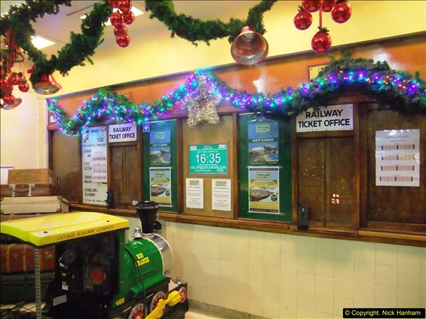 2015-12-06 Driving the DMU on Santa Special.  (116)116