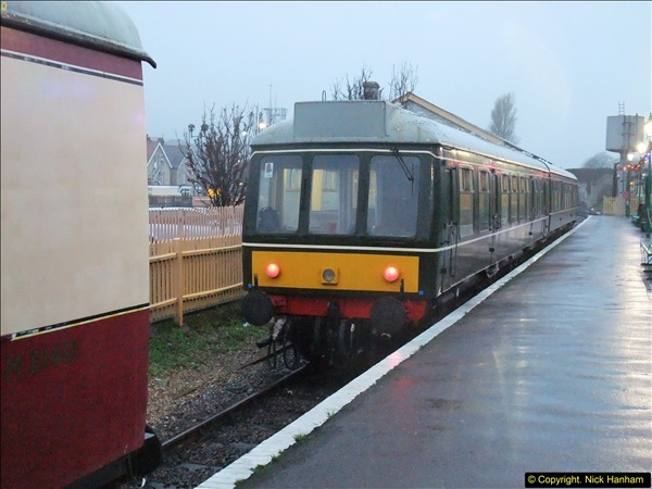 2015-12-06 Driving the DMU on Santa Special.  (120)120
