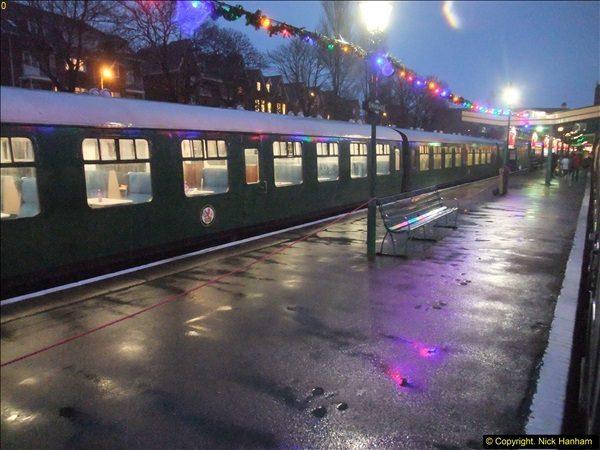 2015-12-06 Driving the DMU on Santa Special.  (129)129