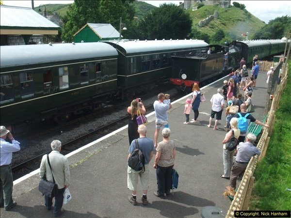 2016-07-21 DMU Turn and Warner Brothers film site set up at Swanage. (69)0350