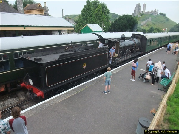 2016-07-21 DMU Turn and Warner Brothers film site set up at Swanage. (90)0371