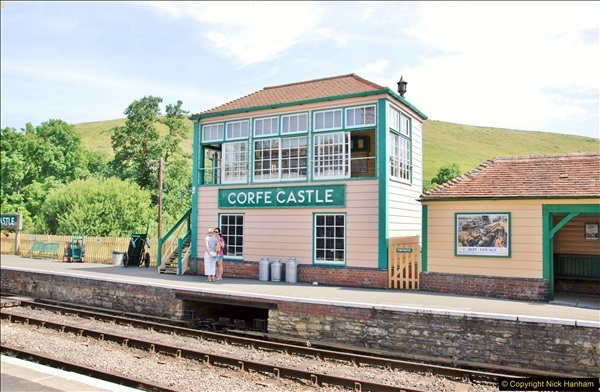 Corfe Castle. (63)065