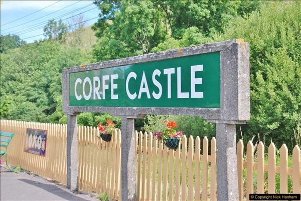 Corfe Castle. (107)109