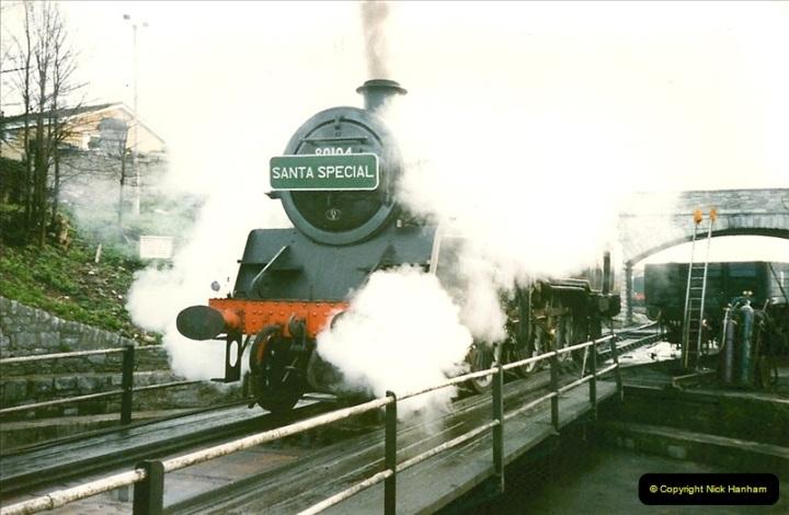 1997-12-14 Santa Specials driving the DMU.  (6)0575