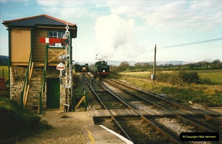 1997-12-14 Santa Specials driving the DMU.  (10)0579