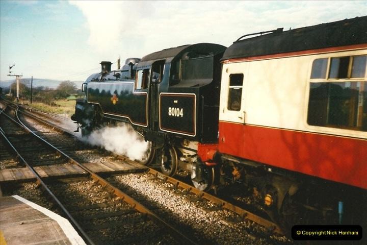 1997-12-14 Santa Specials driving the DMU.  (12)0581