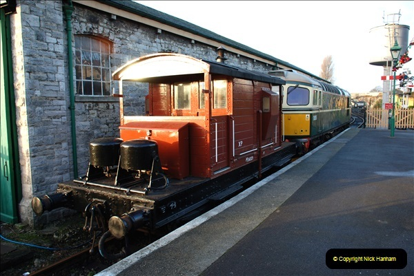 2018-12-08 Santa Specials at Swanage and Norden.  (33)033