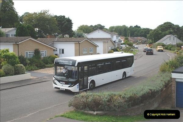 2018-09-01 The one and only white WD bus.  (6)104