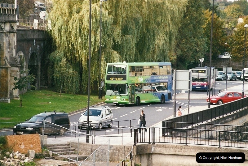 2004-09-29 Bath, Somerset.  (1)075