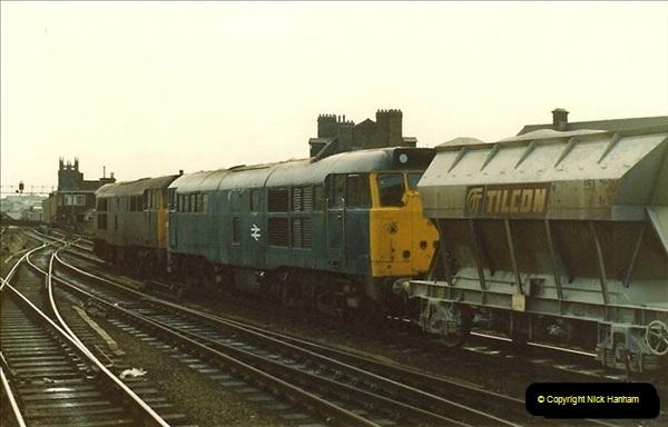 1983-03-26 Leeds, West Yorkshire.  (1)014
