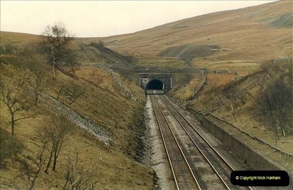 1983-03-27 to 01-04. On the Settlke & carlisle.  (16)063